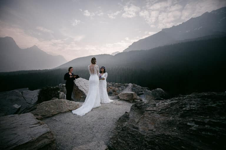 Moraine-Lake-Elopement-Packages